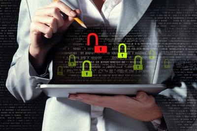 Ook toegangsbeheer en endpoint security zorgen er voor dat je geen slachtoffer wordt van cybercriminaliteit.